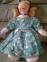 Miss Piggy doll/handmade in Bolingbrook, Illinois